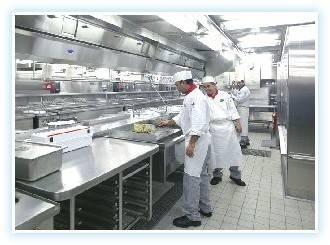 Инновационная кухня - в нержавеющем исполнении стен, потолков