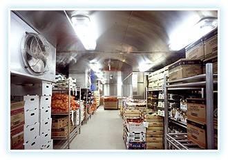 Инновационная кухня – в нержавеющем исполнении стен, потолков